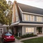 Solarzellen als Dach: Tesla-Solarschindeln verzögern sich bis 2019