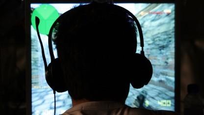 Spieler auf einem E-Sport-Turnier in Asien
