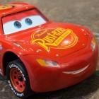 Sphero Lightning McQueen: Erst macht es Brummbrumm, dann verdreht es die Augen