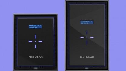 Beide NAS-Systeme ähneln sich innerlich und äußerlich stark.