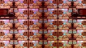 Die-Shot von Skylake-SP mit 28 Kernen
