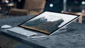 Das Surface Studio kann bis zu einem Winkel von 20 Grad angekippt werden.