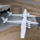 117 Meter Spannweite: Paul Allens Raketenstartflugzeug ist riesig