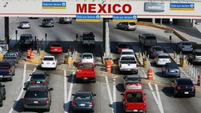 Grenzübergang zwischen den USA und Mexiko: Grenzkontrollen effizienter  gestalten.