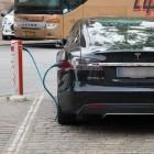 Elektromobilität: Die Nachfrage nach Elektroautos steigt - aber bei uns nicht