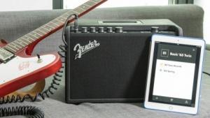 Der Mustang GT-40  mit iPad und Gitarre