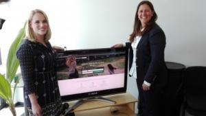Bei Golem.de: Anne Dreshfield, Manager Content Strategy und Digital Communications bei Nextdoor (links) und Sarah Leary, Co-Founder und Vice President Marketing und Operations bei Nextdoor