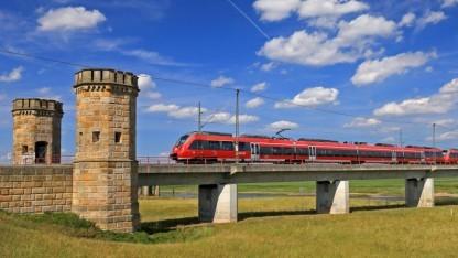 Regionalzüge, wie hier der Talent 2, fahren oft über mehrere Tarifgebiete.