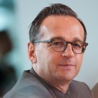 Netzwerke: Maas fordert Verzicht der Parteien auf Social Bots