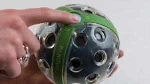 Die Panono-Kamera macht 360-Grad-Aufnahmen.