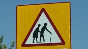 Auch langsame Verkehrsteilnehmer sollen sicher über die Straße kommen.