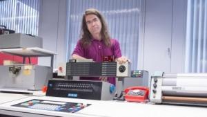 Klemens Krause ist der Herr der Rechner im Computermuseum der Uni Stuttgart.