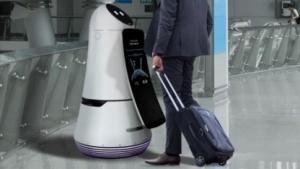 Der Airport Guide Robot bei der Arbeit