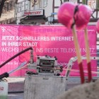 Niek Jan van Damme: Telekom warnt vor hohen Kosten von Glasfaser für alle