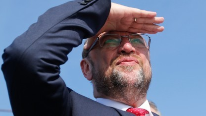 Schulz für europäische E-Autoquote