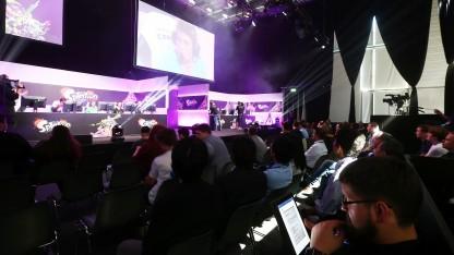 Besucher auf der Gamescom 2016