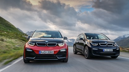 BMW i3s und i3 (r.)