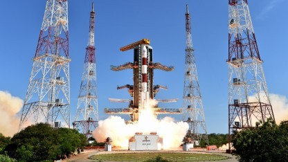 Start einer PSLV-Rakete: Sehr kleine Satelliten gefährden andere Raumfahrzeuge.