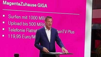 Niek Jan van Damme - noch Chef der Telekom Deutschland - auf der IFA 2017