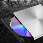 Asus Zendrive U9M: DVD-Brenner schreibt auf M-Disc und kommt mit Zusatzsoftware