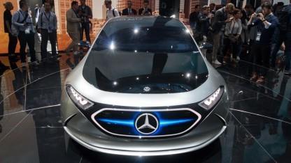 Concept EQA von Mercedes auf der IAA 2017: Akkufabrik in Kamenz wird 2018 fertig.
