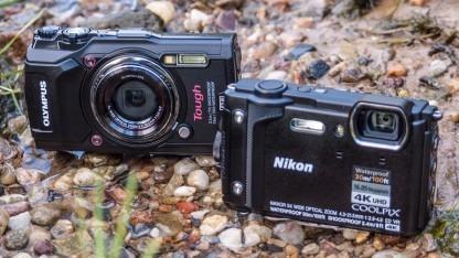 Wasserdicht und sturzfest: die Olympus Tough TG5 und die Nikon Coolpix W300