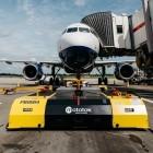 Mototok: Elektroschlepper rangieren BA-Flugzeuge