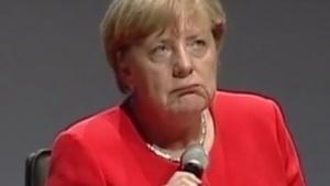 Bundeskanzlerin Merkel denkt über die Gesichtserkennung an Bahnhöfen nach.