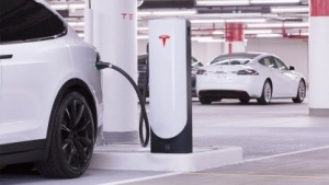 Teslas neue Supercharger