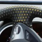 Nissan: Schweißsensor für Autositz und Lenkrad entwickelt