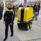Roboter: Wenn der Postbot dem Postboten die Post trägt