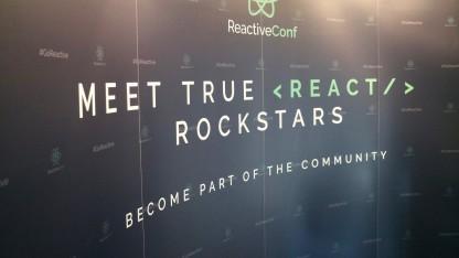 Die React-Community ist so groß, dass sie Facebook vor sich hertreiben kann.