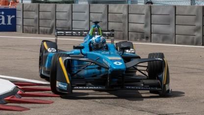 Formel-E-Renner von Renault (2017 in Berlin): Werbung für elektrische Straßenfahrzeuge