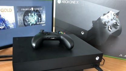 Kaum verfügbar: die Xbox One X.