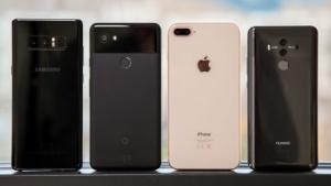 Im Test: das Galaxy Note 8, das Pixel 2 XL, das iPhone 8 Plus und das Mate 10 Pro