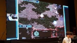 Stork hat mit seinem Protoss gegen KI-Systeme gewonnen.