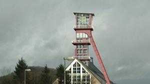 Der Förderturm des stillgelegten Bergwerks in Altenberg