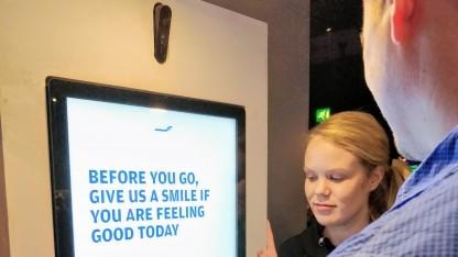 Der Gesichtsscanner von Finnair im Einsatz