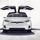 Probefahrt: Daimler demoliert Tesla-Mietwagen