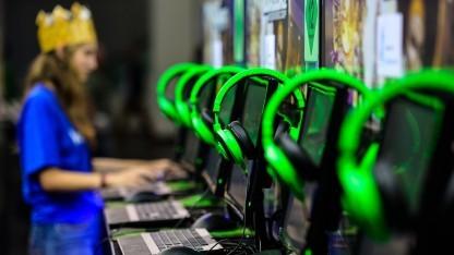 Besucherin der Gamescom 2015.