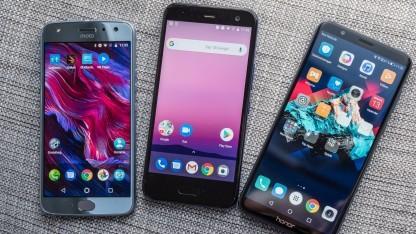 Das Moto X4, das HTC U11 Life und das Honor 7X