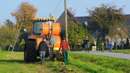 Netzausbau durch die Bauern selbst