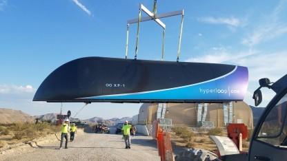 Kapsel XP-1 von Hyperloop One: Teströhre in der Wüste von Nevada