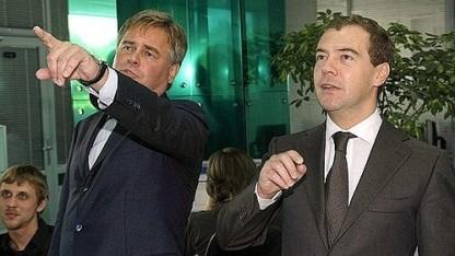 Eugene Kaspersky mit dem ehemaligen russischen Präsidenten Medvedev (2009)