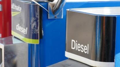 Diesel-Tanksäule