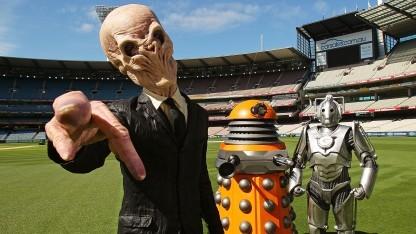 Als Aliens verkleidete Schauspieler bei einer Veranstaltung in Australien