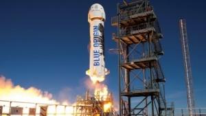 Die New Shepard Rakete bei einem Start im November 2015
