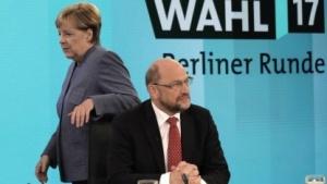 Müssen wieder miteinander reden: Bundeskanzlerin Merkel und SPD-Chef Schulz