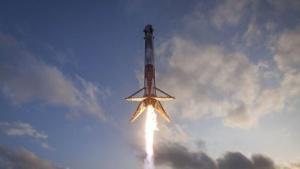 Die Landung von Raketenstufen, wie bei der Falcon 9, galt lange als unmöglich oder unwirtschaftlich