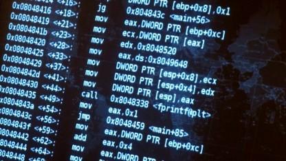 Immer öfter wird Firmware untersucht - und immer wieder purzeln Sicherheitslücken heraus.